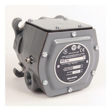 808 Speed Switch, Style M, High Speed, N. O. Contacts, 4-Point Flange, Type 1, 4 & 13 enclosure