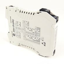 Bulletin 931 Signal Conditioner, 931S-F1C2D-DC : Frequency Converter, 3 Way