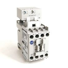 700-CF IEC Control Relay, Screw Terminals, F, Gold Plated Bifurcated Contacts, 2 N.O. / 2 N.C., 110V 50Hz / 120V 60Hz