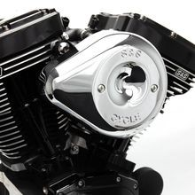 Stealth Air Cleaner Kit with Chrome Teardrop Cover for 2001-2015 fuel-injected Softail<sup>®</sup> models, 2004-2017 fuel-injected Dyna<sup>®</sup> models, and 2003-2007 fuel-injected Touring models