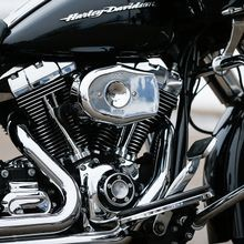 Stealth Air Cleaner Kit with Chrome Tribute Cover for 2008-2017 HD<sup>®</sup> Touring Models and 2016-2017 Softail<sup>®</sup>Models