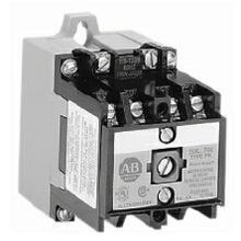 Allen-Bradley, 700-P200A1, NEMA Heavy-Duty Industrial Relay, 2 N.O. Contacts, 10 Amp AC Contact Rating, 110V 50Hz / 115-120V 60Hz, Open Type DIN Rail Mount