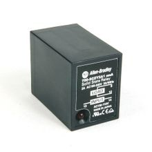 Allen-Bradley, 700-SCZY2A1, Ice Cube Style, Socketed, Solid-State Relay, w/ LED Diag. Indicator, w/ Zero Cross Function, Rated Output of 2 Amp @ 100...240V AC, Rated Input of 100/110V AC