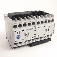 Allen-Bradley, 104-K Mini Reversing Contactors, Screw Type Terminals, 12 A, System Control Voltage: 110V 50Hz/120V 60Hz, 3 N.O. Main Contacts, 1 N.C. Auxiliary Contact