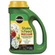 Shake 'n Feed Continuous Release All Purpose Plant Food