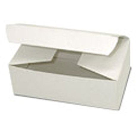 "1 Lb White 7 1/8"" x 3 3/8"" 1 7/8"" Candy Box (111)"