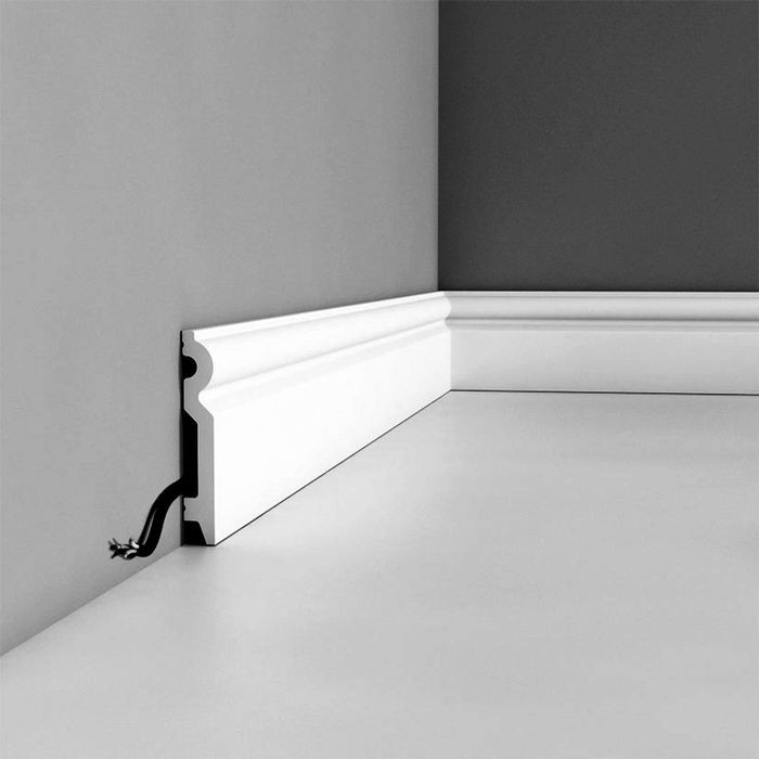 Orac Decor | High Impact Polystyrene Baseboard Moulding | Primed White | 36in Sample Piece | SX137 Series