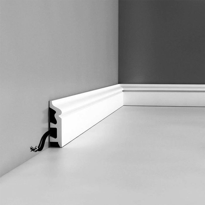 Orac Decor | High Impact Polystyrene Baseboard Moulding | Primed White | 3-1/8in H x 7/8in Proj