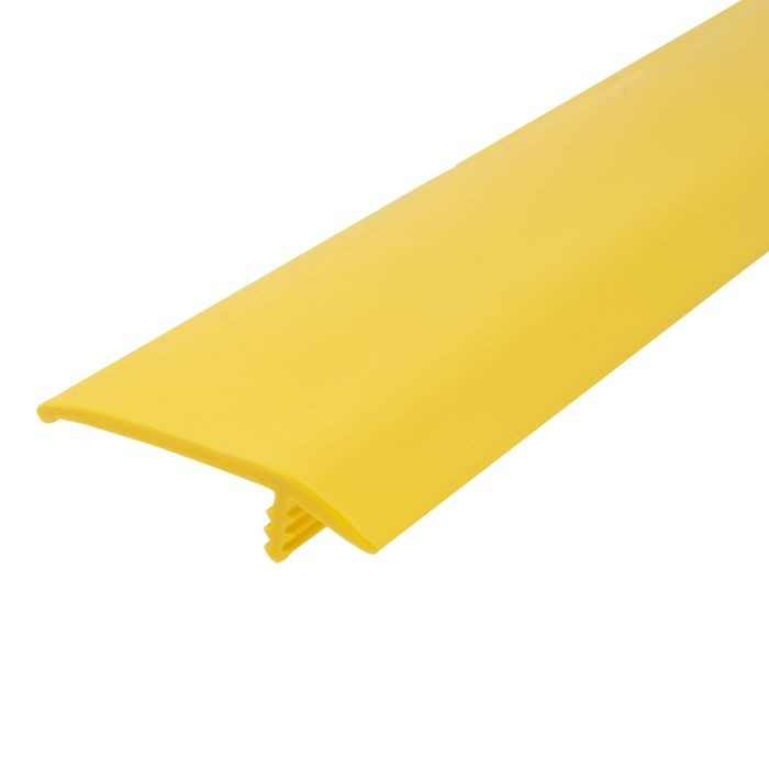 1-1/2in 895 Yellow Flexible Polyethylene | OffsetBarb Tee Moulding | 250ft Coil