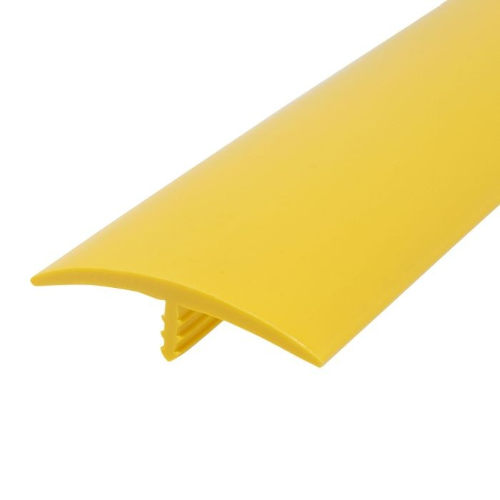 1-1/2in 895 Yellow Flexible Polyethylene | Center Barb Tee Moulding | 250ft Coil
