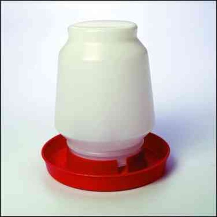 1 Gallon Plastic Poultry Waterer