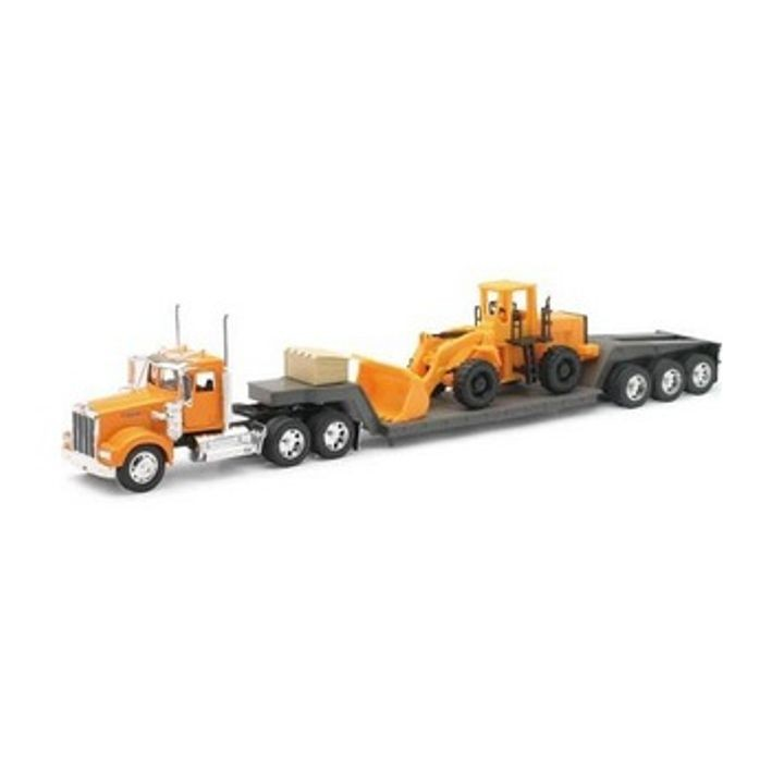1:32 Scale 1979 Kenworth W900 Lowboy with Construction Tractor